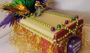 mardi gra floats enter the swla mardi gras shoebox float contest