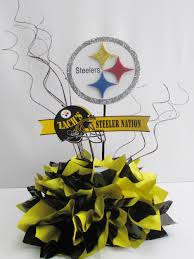 the steelers is the theme for this bar mitzvah table