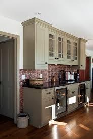 cuisine a repeindre cuisine repeindre meuble de cuisine en bois avec blanc couleur