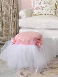 Shabby Chic Skirts by 165 Best Shabby Chic Chairs And Couches Images On Pinterest