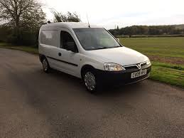 kb 2009 09 reg vauxhall combo 2000 cdti showing 1 owner ex