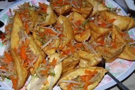 cuisine n駱alaise petits beignets farcis que cuisine t on en malaisie