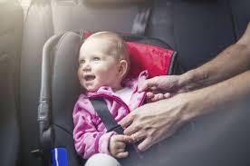 reglementation siege enfant les enfants peuvent ils s asseoir à l avant en voiture vos