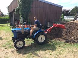 iseki tx 1410 compact tractor 17hp 4wd similar to kubota and