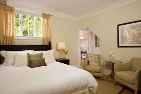 fauteuil chambre a coucher chaise pour chambre coucher affordable id es de d co pour une