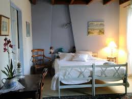chambre d hote gemozac chambres d hôtes les roses trémières chambres gémozac saintonge