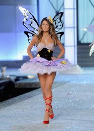 victoria s secret halloween costume did irina shayk walk the victoria u0027s secret runway while pregnant