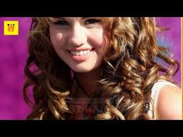 curl in front of hair pic front bangs with curls is latest women s party wear hairstyle