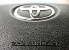 toyota dealer japan toyota adds 650 000 vehicles to takata airbag recall in japan