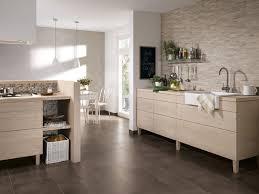 bodenfliesen küche trend wohnküche fliesen für die offene küche