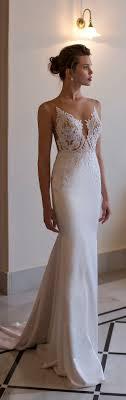 boutique robe de mari e les 25 meilleures idées de la catégorie robe de mariée droite sur