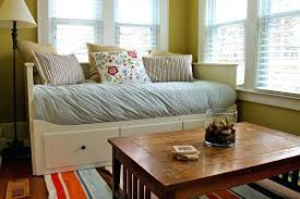 Living Room Daybed Daybed In Living Room Livg Livg Decoratg Houzz Daybed Living Room