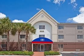 Comfort Suites Miami Springs Hotel Candlewood Miami Airport Fl Booking Com