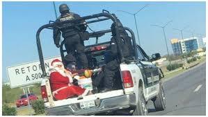 Memes De Santa Claus - insólito papa noel fue arrestado por la policía tucumán a las 7