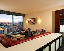 2 bedroom vegas suites elara a hilton grand vacations 2 king 2 bedroom premier suite with
