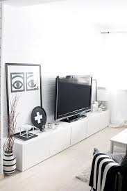 Living Room Tv Furniture by Best 25 Low Tv Stand Ideas On Pinterest Living Room Tv Living