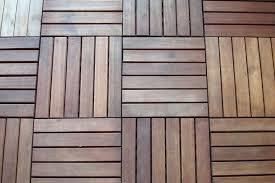 balkonfliesen aus holz günstige anbieter und wichtige kauftipps - Balkon Fliesen Holz