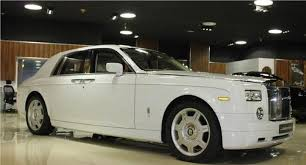 rolls royce white phantom 2008 rolls royce phantom image 7