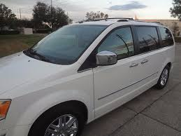 luxury minivan 2008 chrysler town u0026 country limited