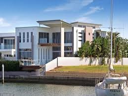 clive palmer u0027s stunning riverside home in sovereign islands for