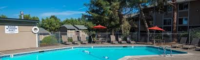 rolling hills apartment and community amenities