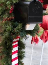 Home And Garden Christmas Decorating Ideas by 15 Diy Outdoor Holiday Decorating Ideas Hgtv U0027s Decorating