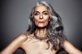 grey hair in 40 s the grey te debate why should mature fashion models look the same