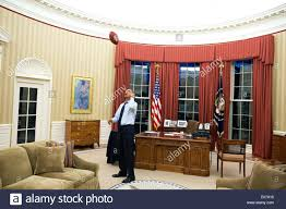100 obama s oval office decor presidential design decor and