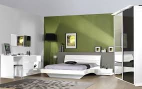 chambre blanc laqué chambre adulte en bois massif impressionnant best chambre blanc