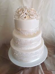edible lace wedding cake with edible lace and sugar roses www designer cakes