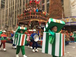 thanksgiving parade tv schedule photos see macy u0027s thanksgiving day parade new york u0027s pix11