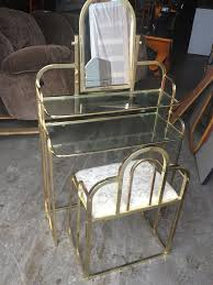 Glass Vanity Table The 25 Best Glass Vanity Table Ideas On Pinterest Mirrored