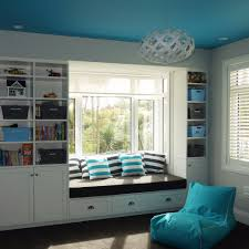 selecting ceiling color