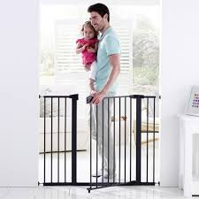 Extra Wide Pressure Fit Safety Gate Decorating Make Your Baby Stay Safety With Munchkin Baby Gate For