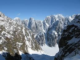 Rugged Mountain Range Revelation Mountains U2013 Alaska Straightchuter Com