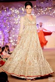 indian wedding dresses 31 indian wedding dresses