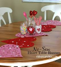Valentine S Day Tablecloth by No Sew Valentine U0027s Heart Table Runner Dollar Stores Store And