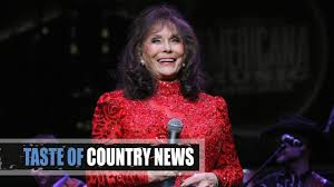 loretta lynn suffers a stroke country artists send prayers youtube