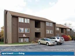 2 Bedroom Apartments In Rockford Il Foxwood Village Apartments Rockford Il Apartments For Rent