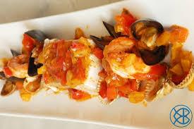 cuisiner l espadon recette italienne espadon aux fruits de mer en papillote