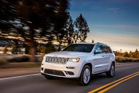 jeep cherokee 2018 interior jeep grand cherokee the car connection u0027s best suv to buy 2018