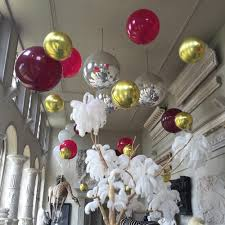 big plastic balloons wedding guests away with balloon décor top tips for using