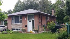 ravine location full renovated 3 1 bedroom west hill bungalow