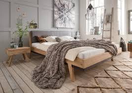 Schlafzimmer Mit Bett 140x200 Sarafina Bett Mit Polsterkopfteil Ist In 2 Verschiedenen