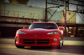 dodge viper rt 10 falling in with dodge s limited production legend the viper