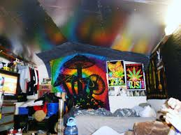 stoner bedroom creative things to do when youre high trippy