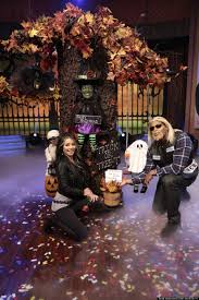 all the u0027live with kelly and michael u0027 halloween costumes michonne