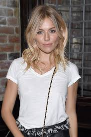 whatbhair texture does sienna miller have sienna miller raises the bar on brit girl waves sienna miller