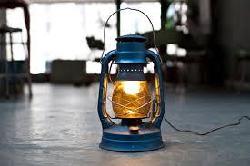 electric lights that look like gas lanterns dietz no8 electric lantern l plugin blue yellow energy air pilot