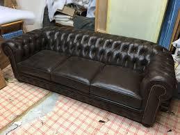 canap cuir capitonn jean luc pabine tapissier décorateur